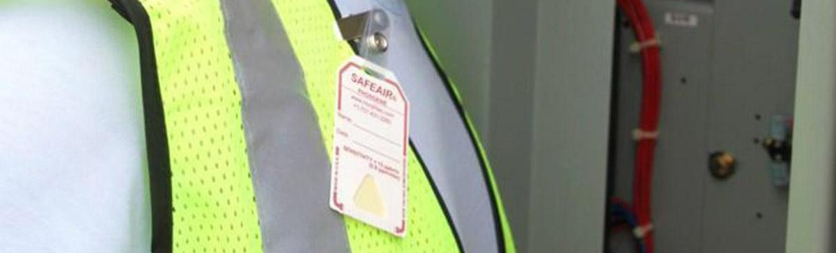 SafeAir chemical detection badges are a visual indication badge that alerts you with a color changing exclamation mark when there is a specific chemical hazard.